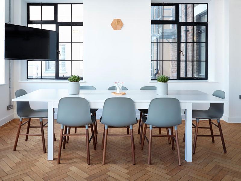 tipos de mesas de madera para el hogar